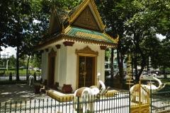 Elefanten am Tempel