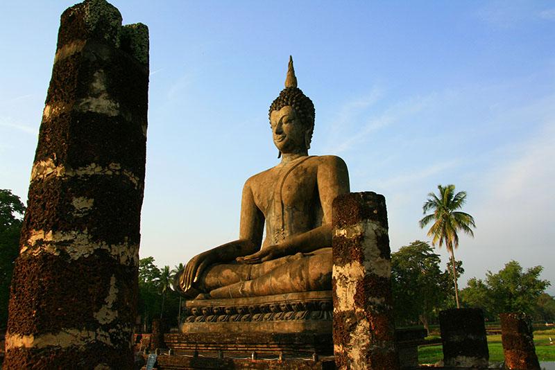 Buddha im Wat Mahathat in Sukhothai.