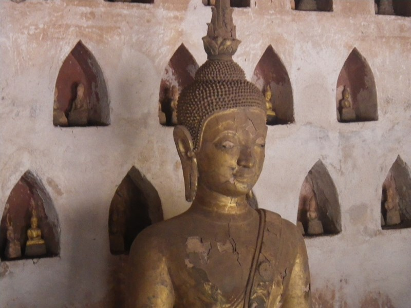 Buddha-Figuren in Laos