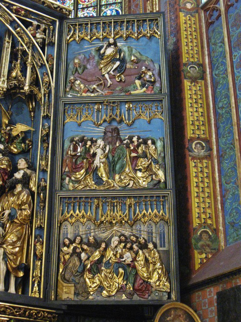 Rechte Seite des Altars.