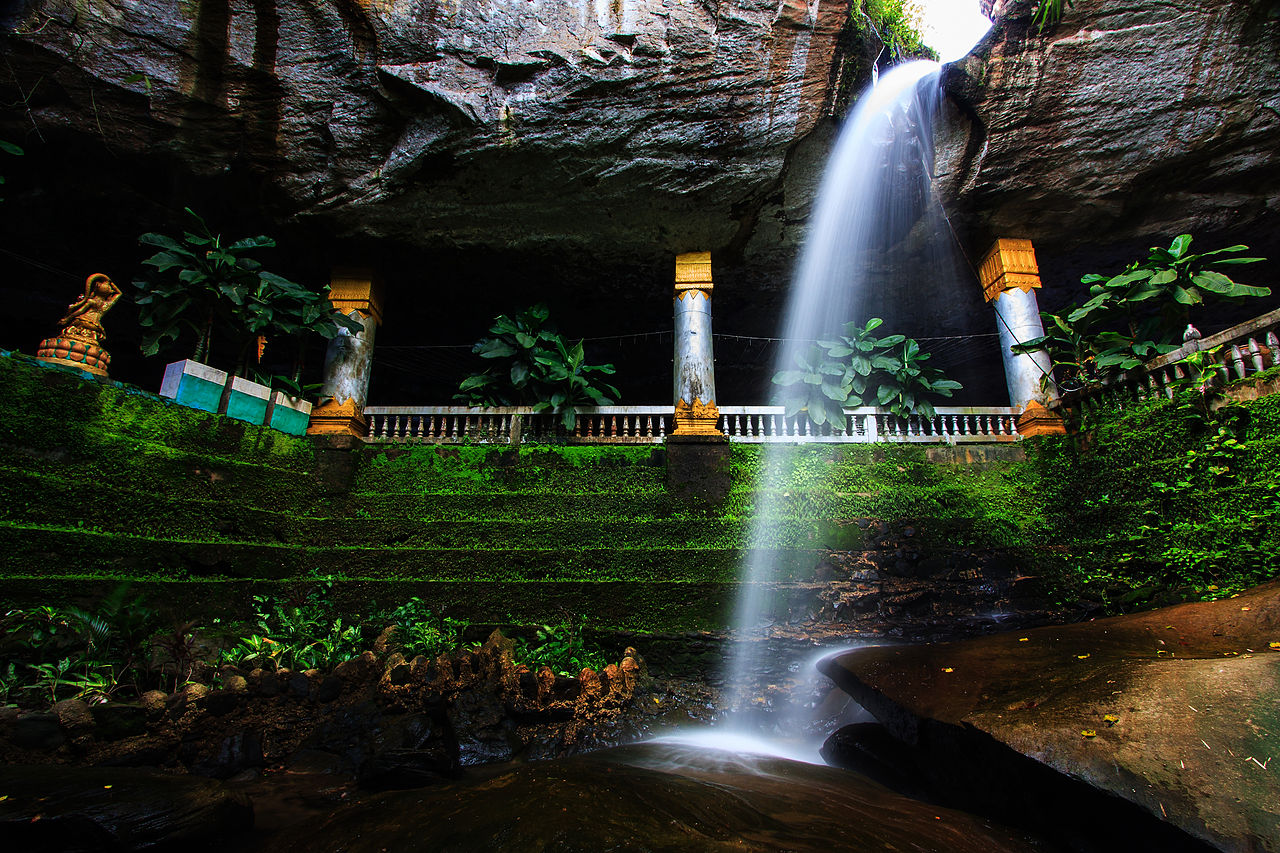 Wat Tham Heo Sin Chai Haewsindhuchai Cave